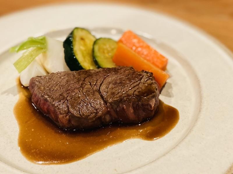 【アレンジレシピ】ステーキの赤ワインソース
